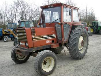 salg af Fiat 880 traktor