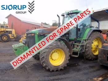 salg af John Deere 8200 traktor