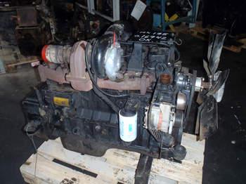 salg af Case MX 135 traktor