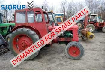 salg af New Holland TM165 traktor
