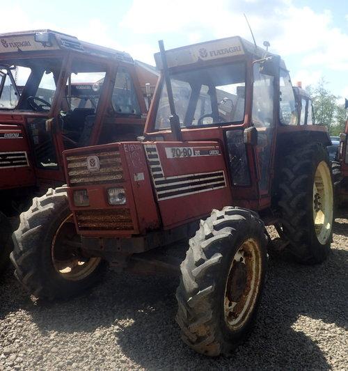 salg af Fiat 70-90 traktor