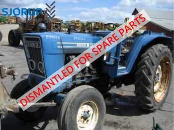 salg af New Holland TS 110 traktor
