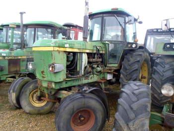 salg af John Deere 4240 traktor