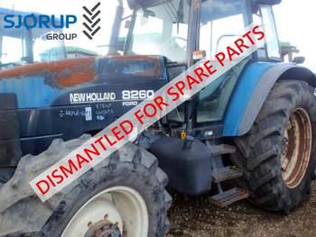 salg af New Holland 8260 traktor