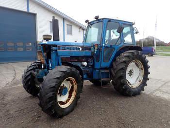 salg af Ford 8210 traktor