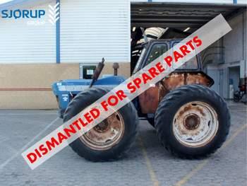 salg af Ford County 954 traktor