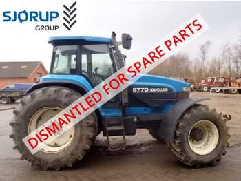 salg af New Holland 8770 traktor