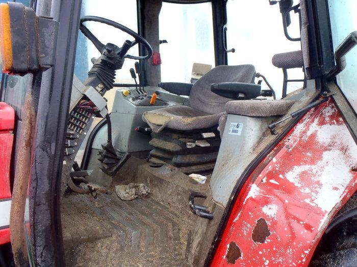 Massey Ferguson 6160 tractor - Dismantled tractors Secondhand Parts