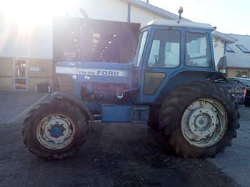 salg af Ford TW20 traktor