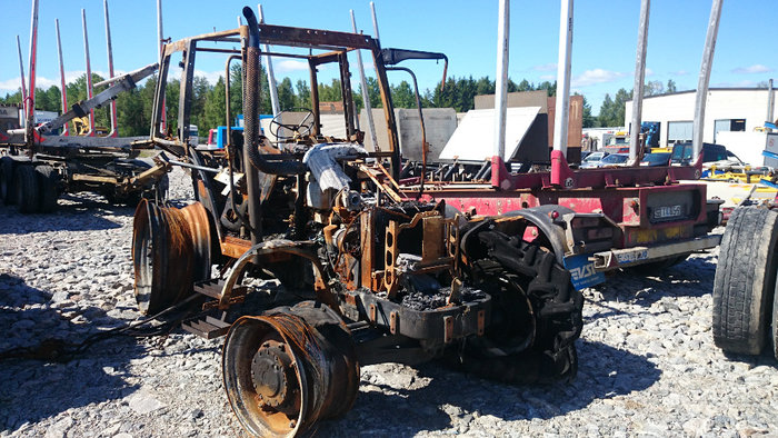 New Holland T 5050 tractor - Dismantled tractors Secondhand