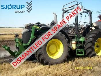 salg af John Deere 8220 traktor