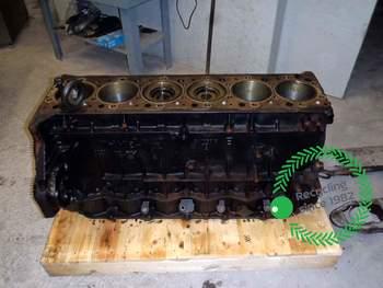 salg af Shortblock New Holland CR 9080
