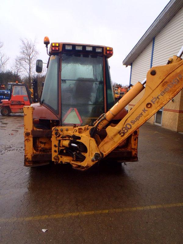 Case 580 SK Backhoe - Construction equipment Secondhand