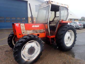 salg af Fiat 780 traktor