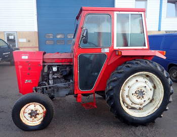 salg af IMT 540 traktor