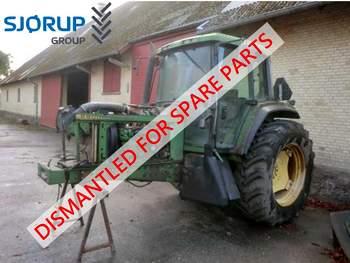 salg af John Deere 6900 traktor