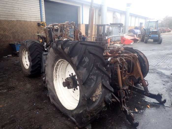 New Holland T7030 tractor - Dismantled tractors Secondhand