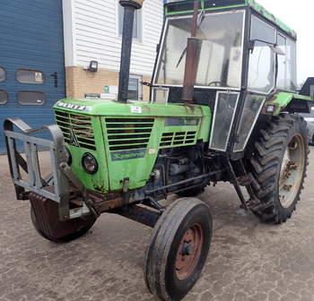 salg af Deutz-Fahr 6806 traktor