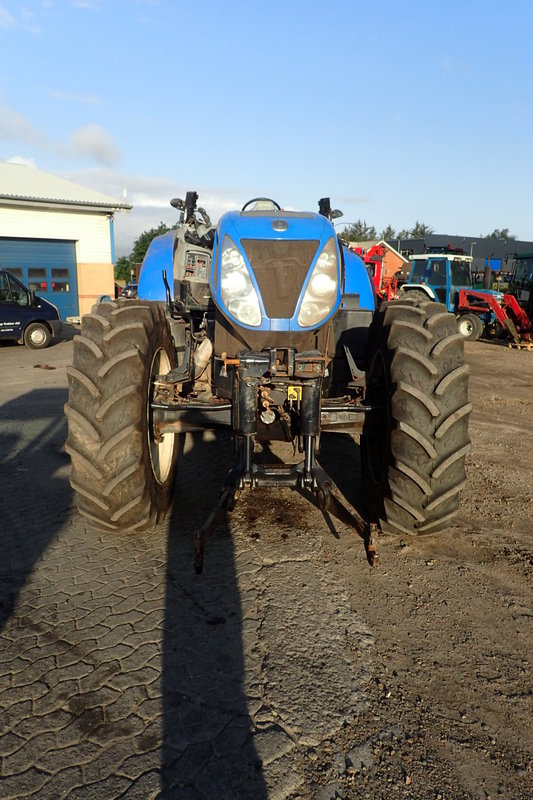 New Holland T7 235 tractor - Dismantled tractors Secondhand