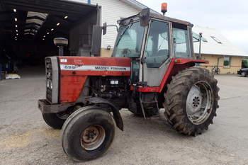 salg af Massey Ferguson 699 traktor