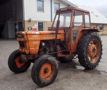 salg af Fiat 800 traktor