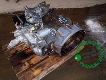 salg af Motor New Holland LM630