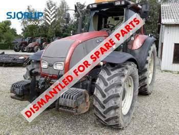 salg af Valtra T190 traktor