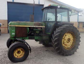 salg af John Deere 4230 traktor