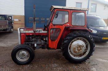 salg af Massey Ferguson 240 traktor