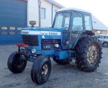 salg af Ford TW 10 traktor