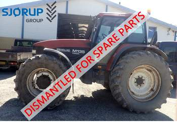 salg af New Holland M135 traktor