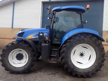 salg af New Holland TS 135 A traktor