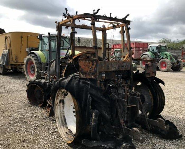 renault ares 630 traktor zerlegten traktoren gebrauchte. Black Bedroom Furniture Sets. Home Design Ideas