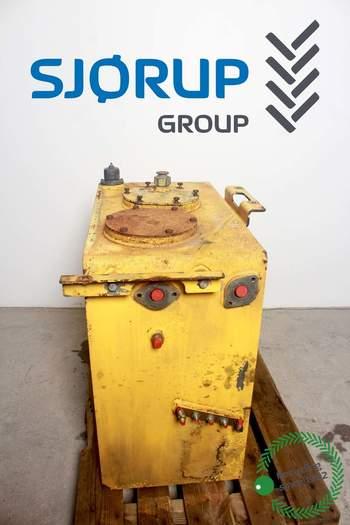salg af Hydrauliktank New Holland E265 B