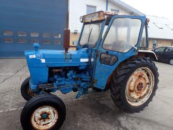 salg af Ford 4000 traktor