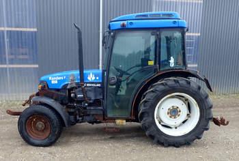 salg af New Holland TNF65 traktor