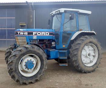 salg af Ford TW 15 traktor