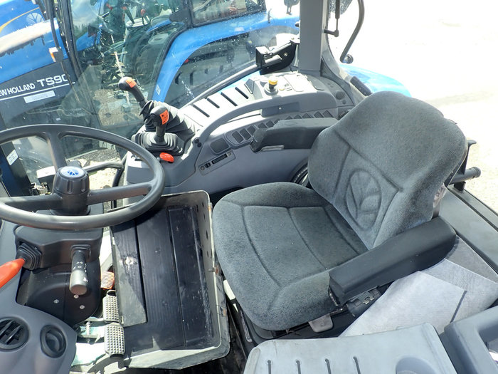 New Holland T6020 tractor - Dismantled tractors Secondhand