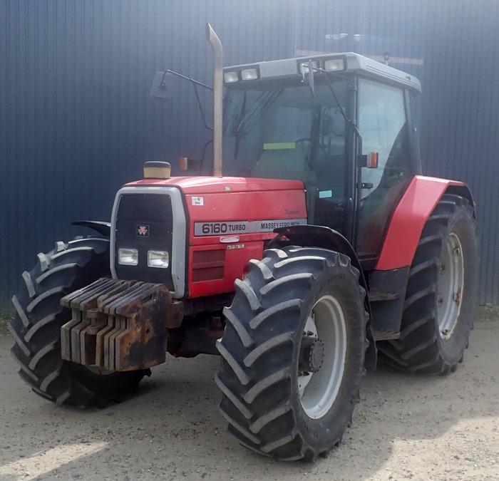 Massey Ferguson 6160 tractor - Tractors Tractors and machines