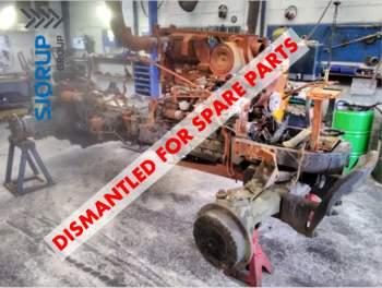 salg af New Holland TM150 traktor