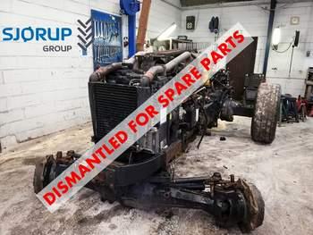 salg af New Holland TM155 traktor