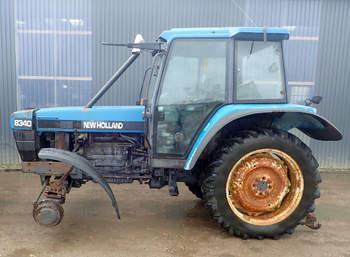 salg af New Holland 8340 traktor