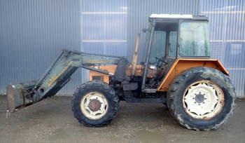 salg af Renault 85-14 traktor