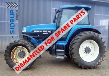 salg af New Holland 8670 traktor
