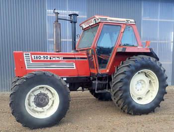 salg af Fiat 180-90 traktor