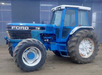 salg af Ford TW35 traktor