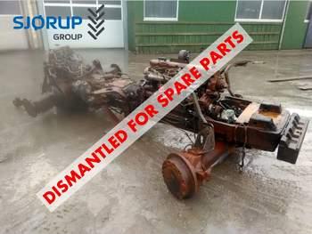 salg af New Holland M160 traktor