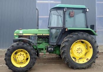 salg af John Deere 2250 traktor