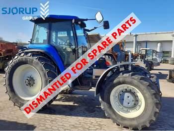salg af New Holland 8970A traktor