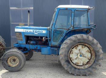 salg af Ford TW10 traktor